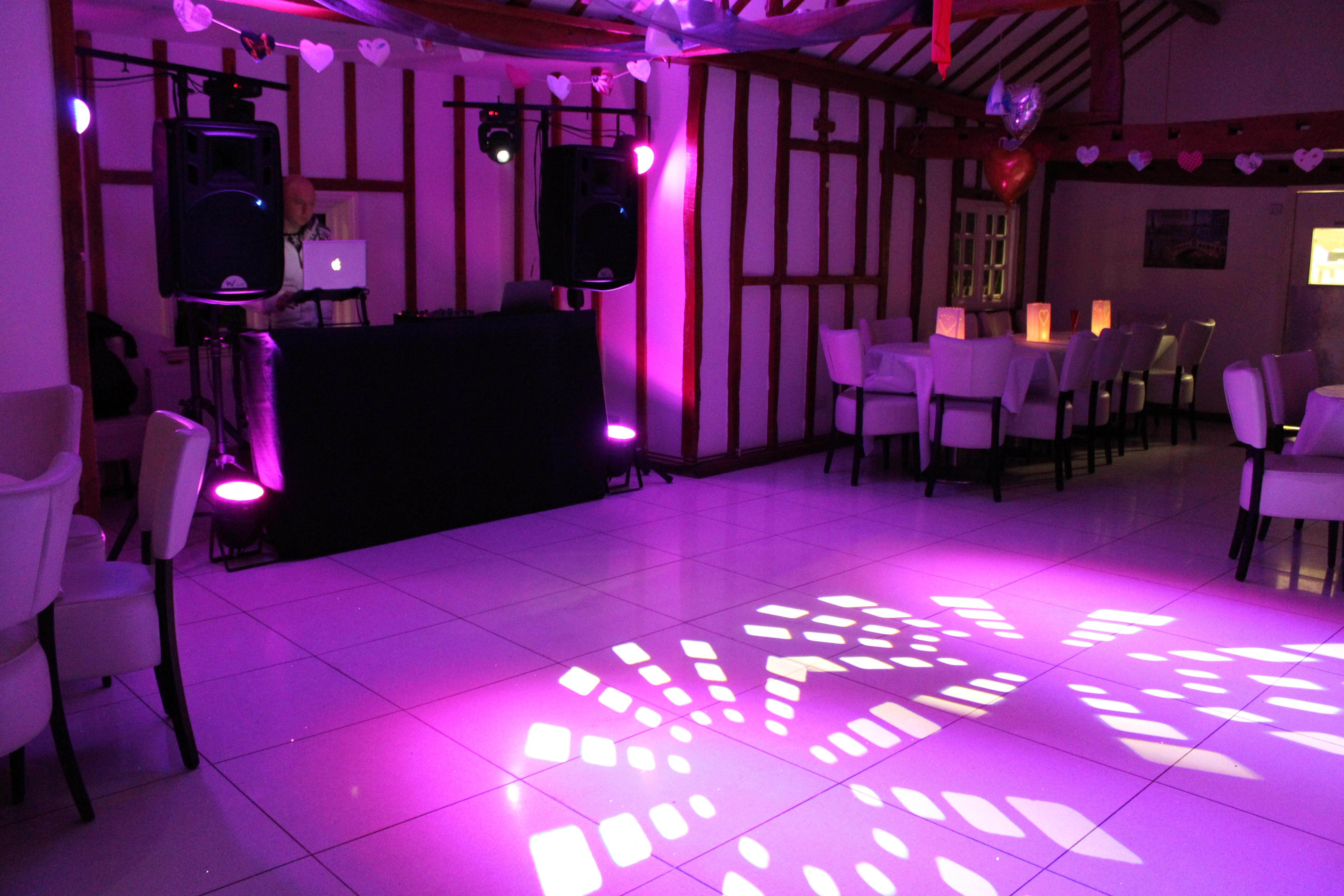 Our Setup | DV Entertainment   Essex Wedding DJ